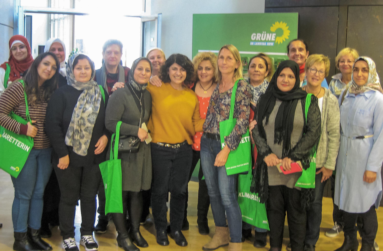 Interkulturelles Frauentreffen politisch unterwegs